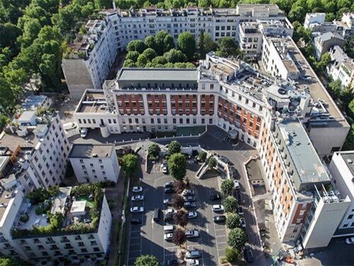 Американский госпиталь в Париже_1